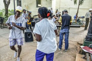 Dancing in the streets, Cuba